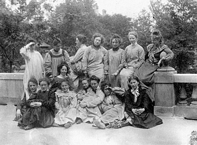Damenakademie München